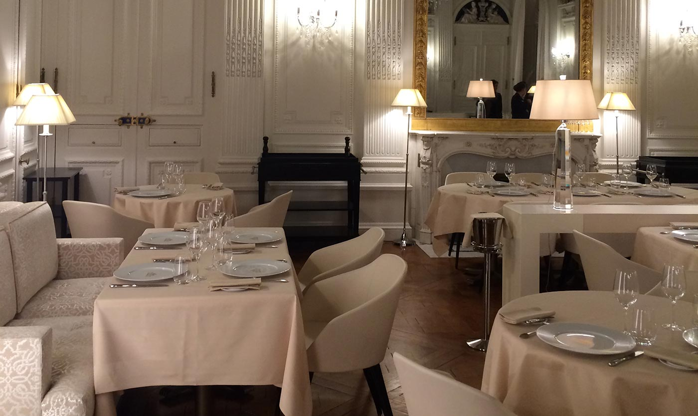 restaurants du ch teau de ferri res en brie collinet. Black Bedroom Furniture Sets. Home Design Ideas