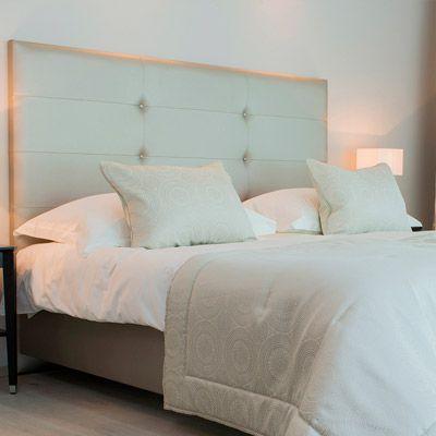 chambre avec tete de lit capitonne spcial ttes de lit en velours capitonn westwing home amp. Black Bedroom Furniture Sets. Home Design Ideas