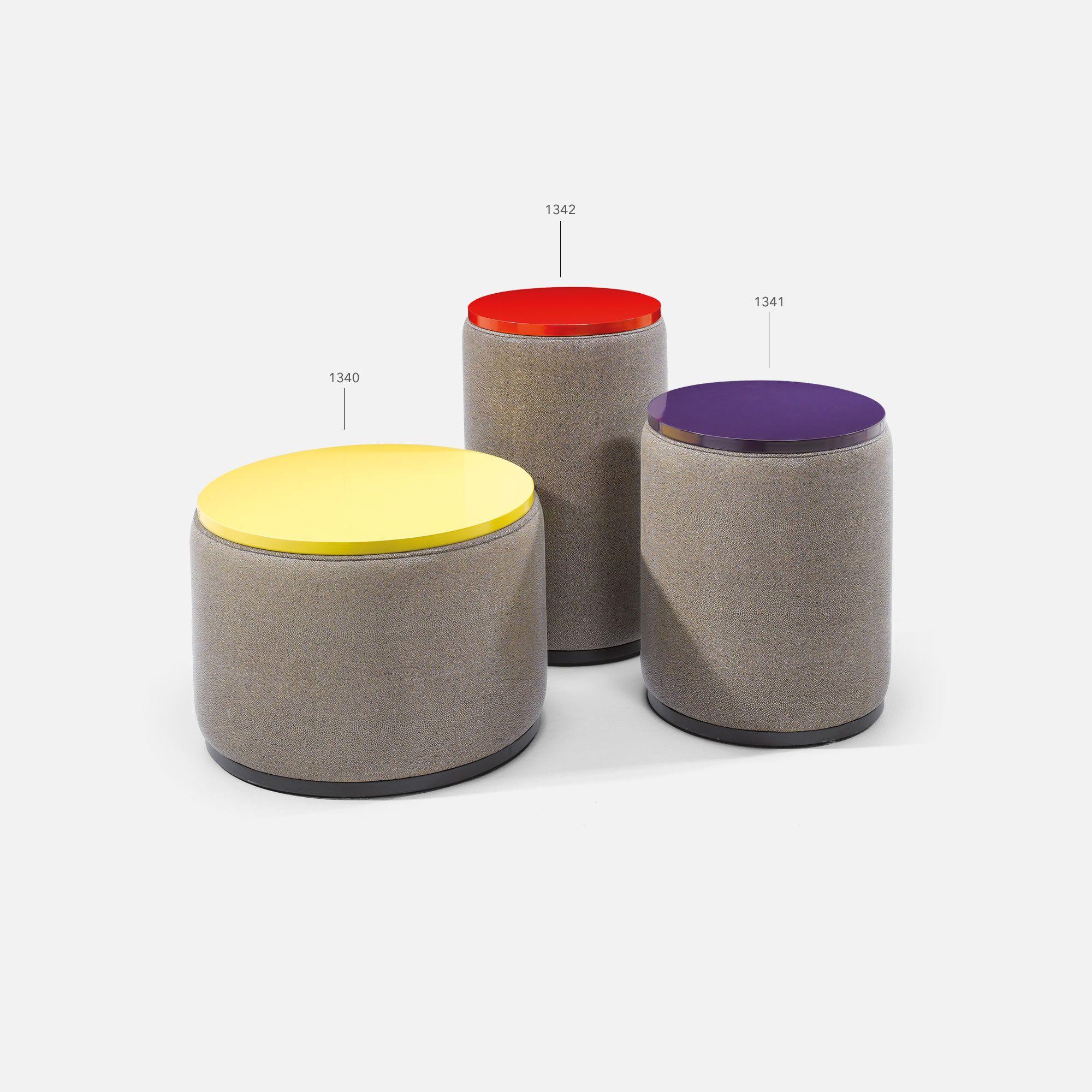 table basse color e cylindre pour chr collinet. Black Bedroom Furniture Sets. Home Design Ideas