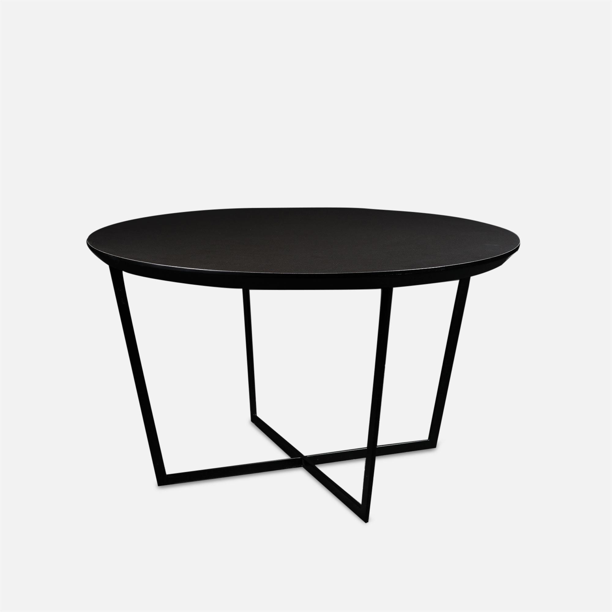 Table basse soho mobilier pour agencement d 39 h tel for Mobilier laque contemporain table basse