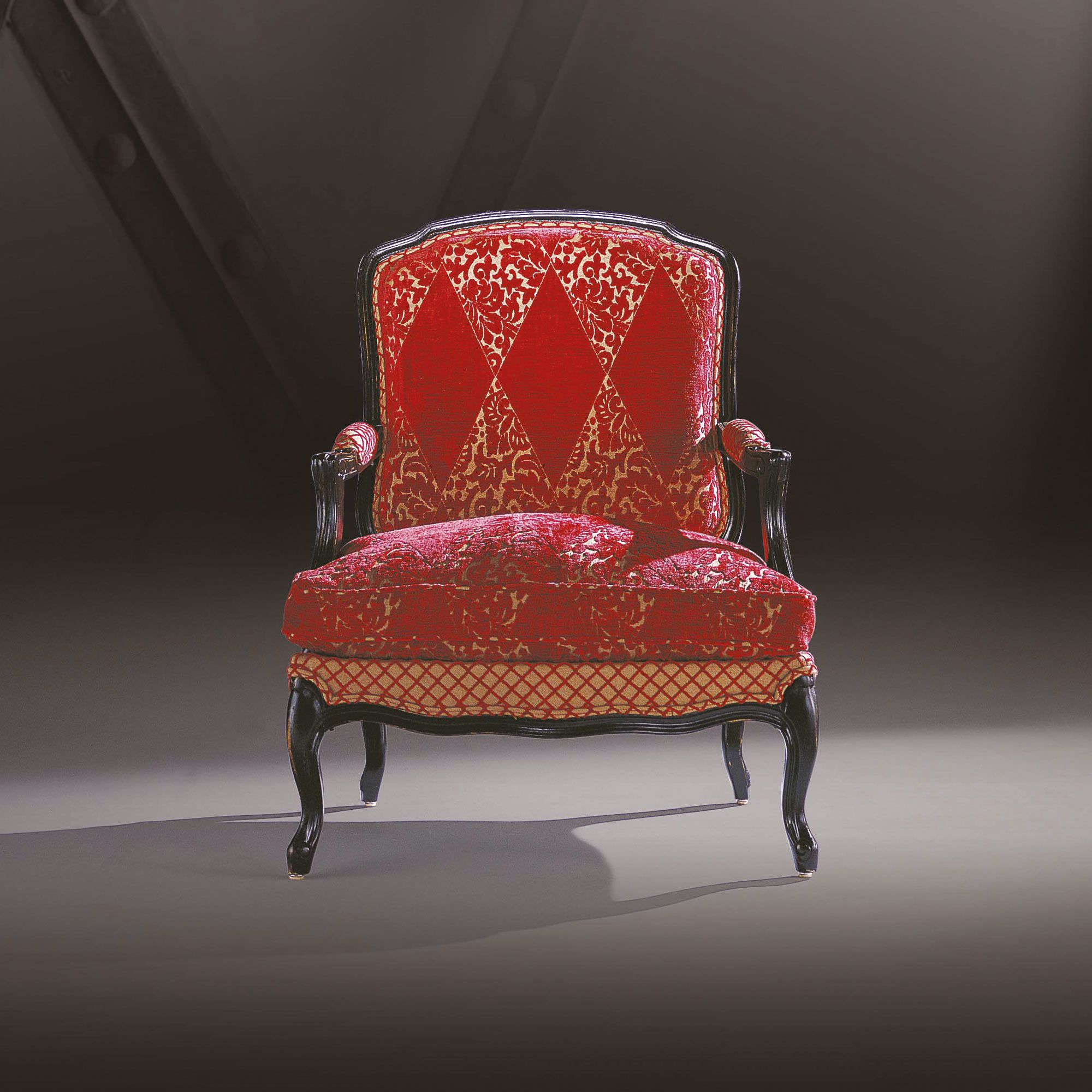 fauteuil de style louis xv fabrication professionnel. Black Bedroom Furniture Sets. Home Design Ideas