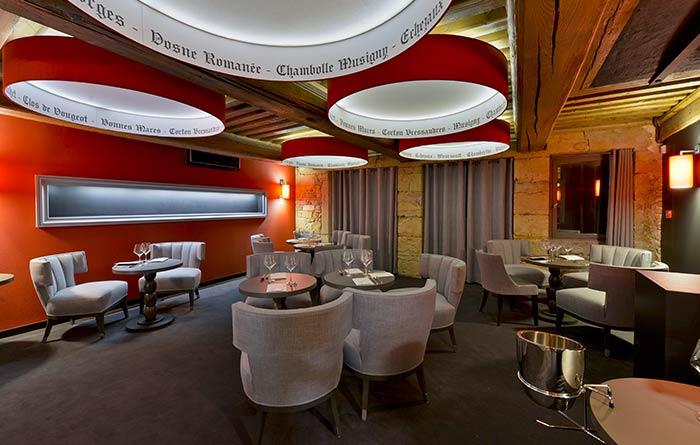r alisation mobilier du restaurant et bar burgundy lounge collinet. Black Bedroom Furniture Sets. Home Design Ideas