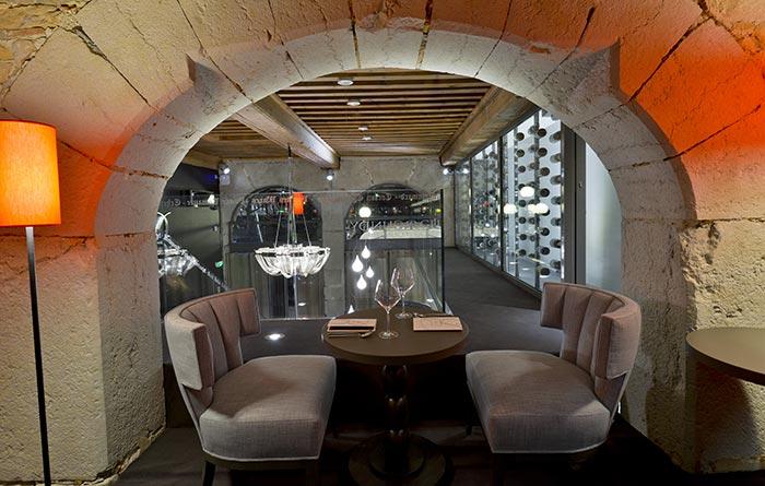 R 233 Alisation Mobilier Du Restaurant Et Bar Burgundy Lounge Collinet